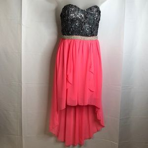 Juniors Strapless Dress